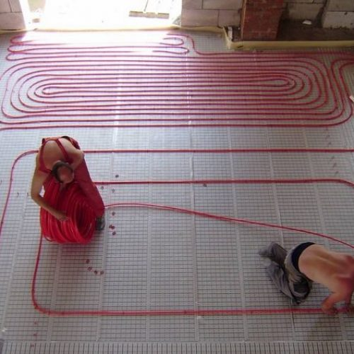 Установка и монтаж тёплого водяного пола в Артёме недорого