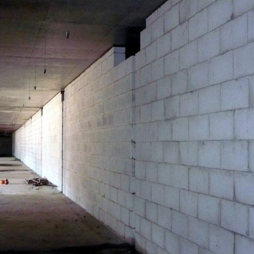 Строительство стен и перегородок в новостройке