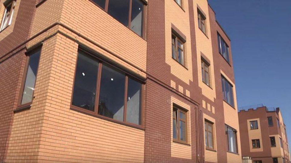 Современная отделка фасадов зданий в Артёме