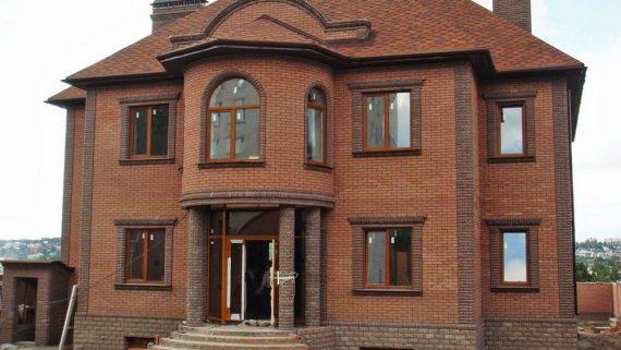 Строительство дома из кирпича в Артёме ООО.РЕМОНТ АРТЁМ